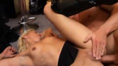Blonde Hannah Gets Licked And Her Ass Penetrated And Fingered