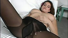 Jamie Lyn teases with her stunning looks in a nylon stocking