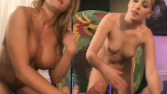 Lucky guy has two seductive blondes with amazing bodies sharing his hard stick